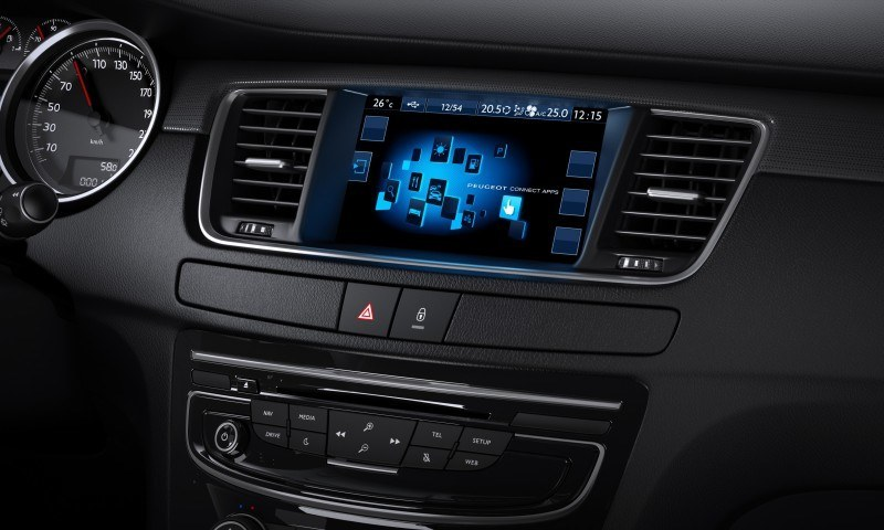 2015 Peugeot 508 Facelifted With New LED DRLs, Box-Design Beams and Tweaked Cabin Tech 9