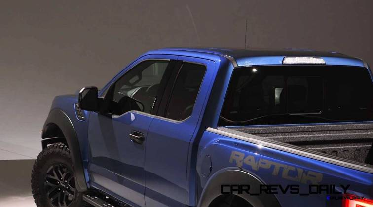 2017 Ford F-150 RAPTOR Studio Stills 17