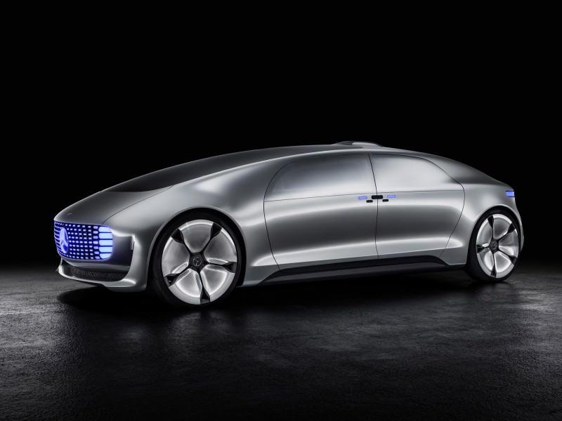 Mercedes-Benz F 015 Concept 1