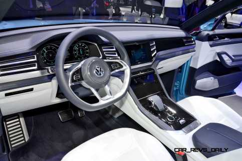 NAIAS 2015 Showfloor Gallery - Day Two in 175 Photos 19