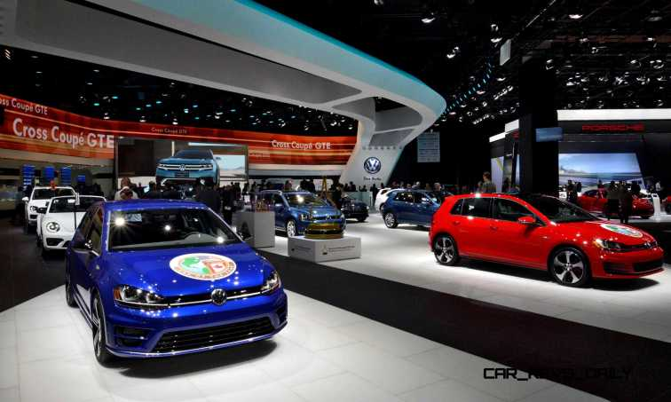 NAIAS 2015 Showfloor Gallery - Day Two in 175 Photos 32
