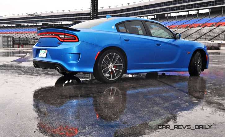 2015 Dodge Charger RT Scat Pack in B5 Blue 32