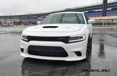 2015 Dodge Charger SRT HELLCAT Review 2