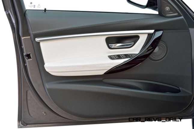 2016 BMW 3 Series Interiors 21