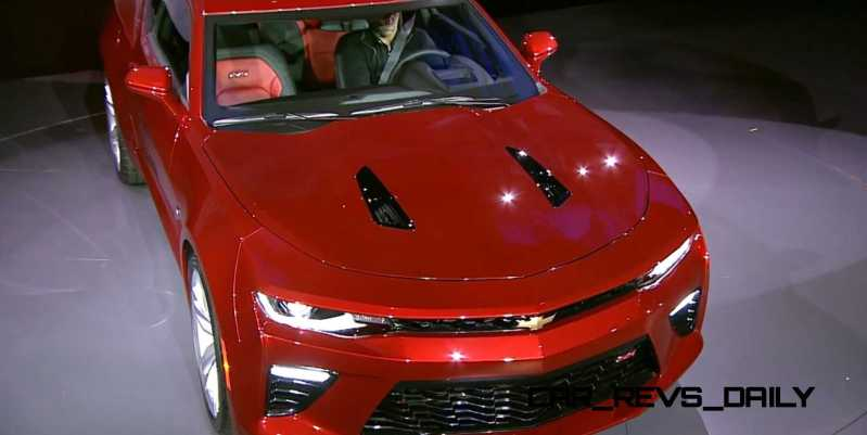 2016 Chevrolet Camaro Live Reveal 16