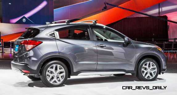 Accessorized 2016 HR-V at the 2015 NAIAS
