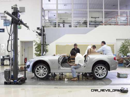 Mazda-MX-5_Superlight_Concept_2009_1600x1200_wallpaper_44