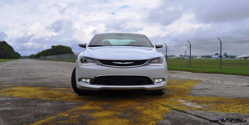 2015 Chrysler 200C V6 3