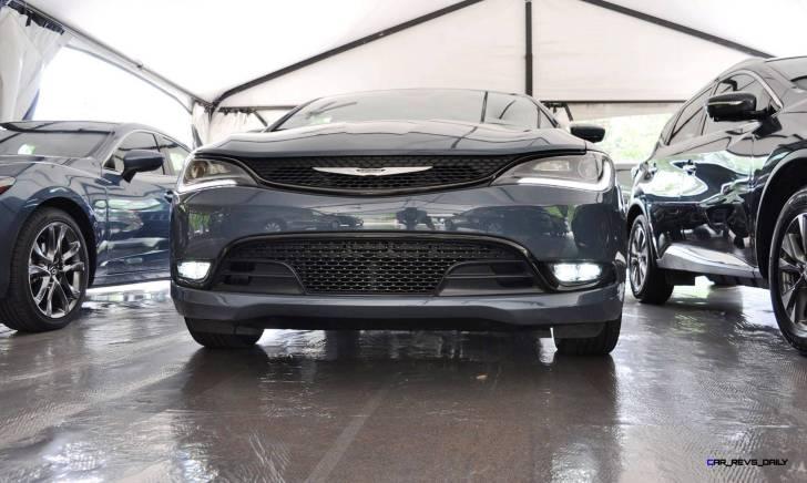 2015 Chrysler 200S Ceramic Blue 8