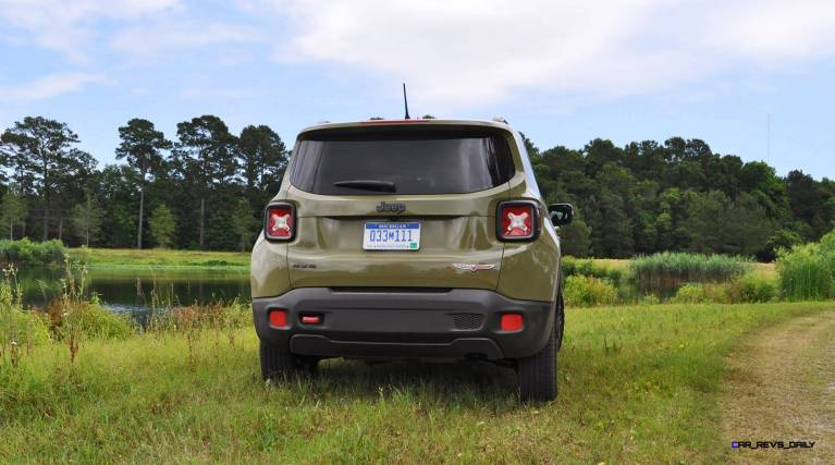 2015 Jeep RENEGADE Trailhawk Review 13