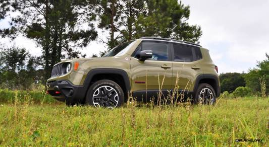 2015 Jeep RENEGADE Trailhawk Review 17