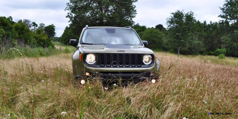 2015 Jeep RENEGADE Trailhawk Review 26