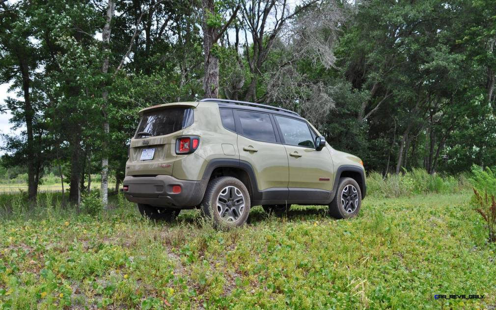 2015 Jeep RENEGADE Trailhawk Review 39