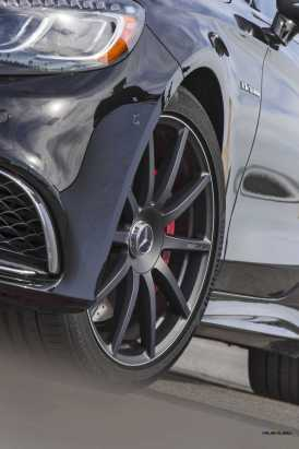 2015 Mercedes-Benz S65 AMG Coupe.
