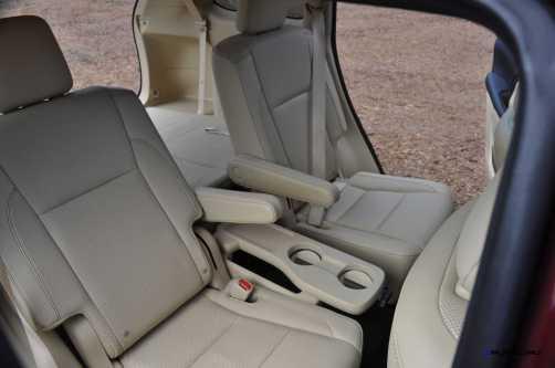 2015 Toyota Highlander AWD Limited - Interior Photos 10