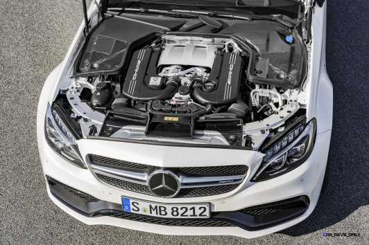2016 Mercedes-AMG C63-S Coupe 14
