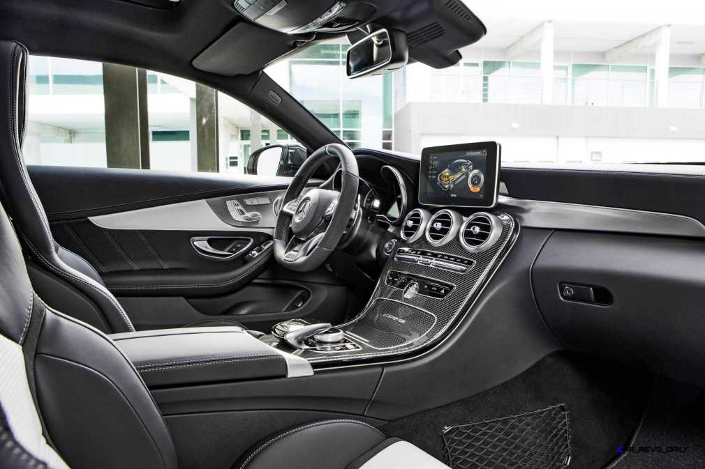 2016 Mercedes-AMG C63-S Coupe 5