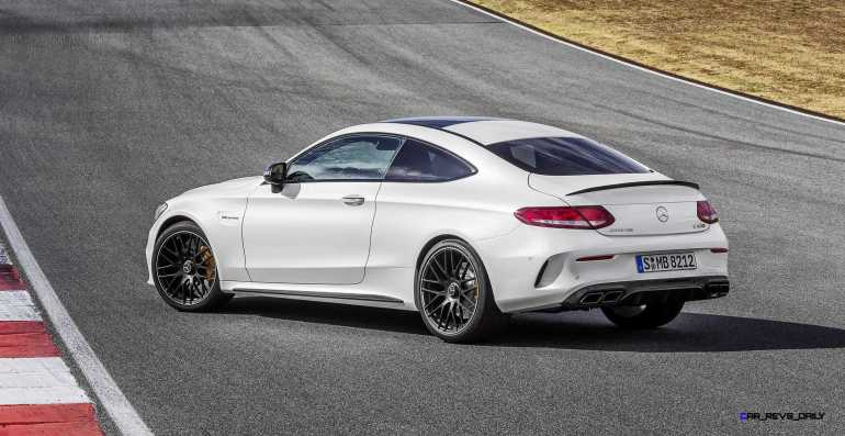 2016 Mercedes-AMG C63-S Coupe 9
