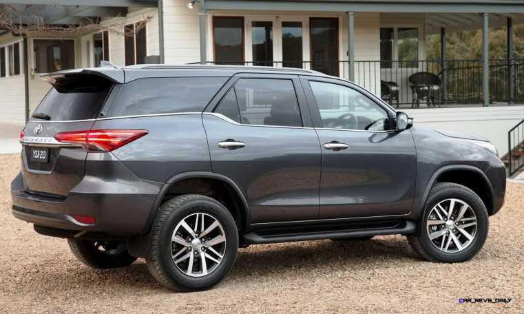 2016 Toyota Fortuner 19