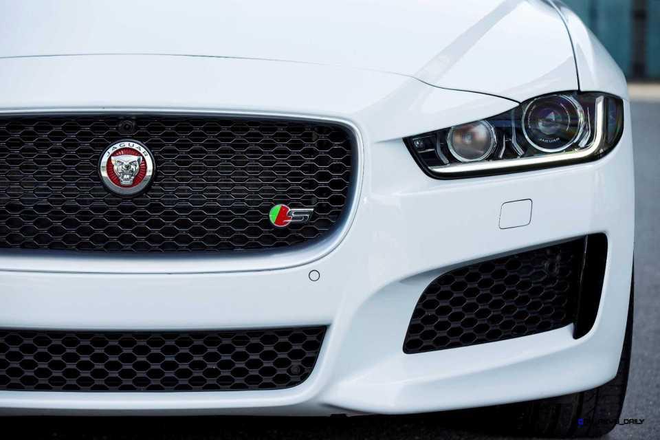 Jaguar_XE_Polaris_V6S_151_(108565) copy