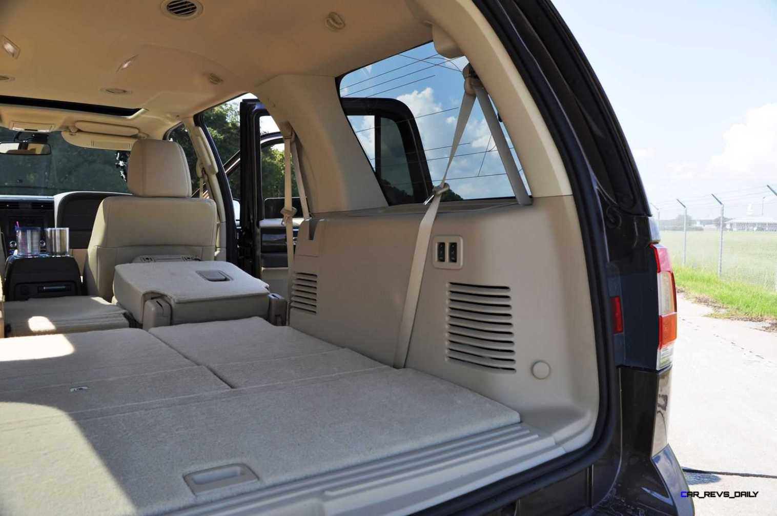 2015 Lincoln NAVIGATOR 4x4 Reserve - Interior Photos 3