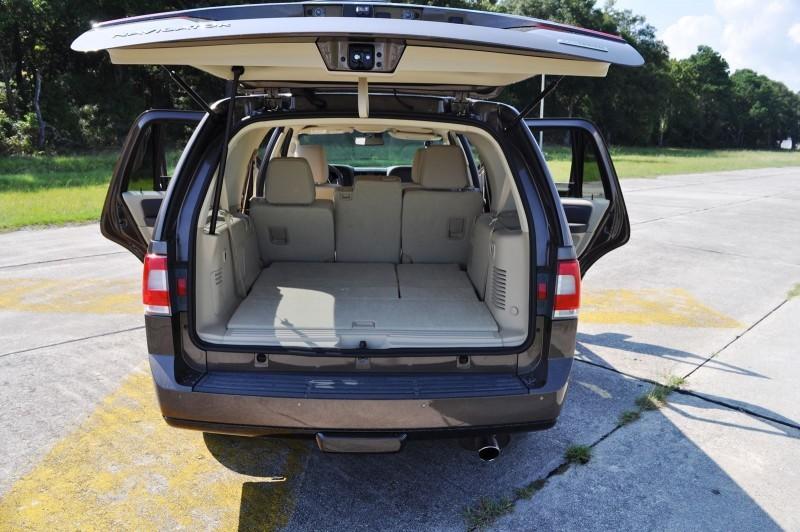 2015 Lincoln NAVIGATOR 4x4 Reserve - Interior Photos 5