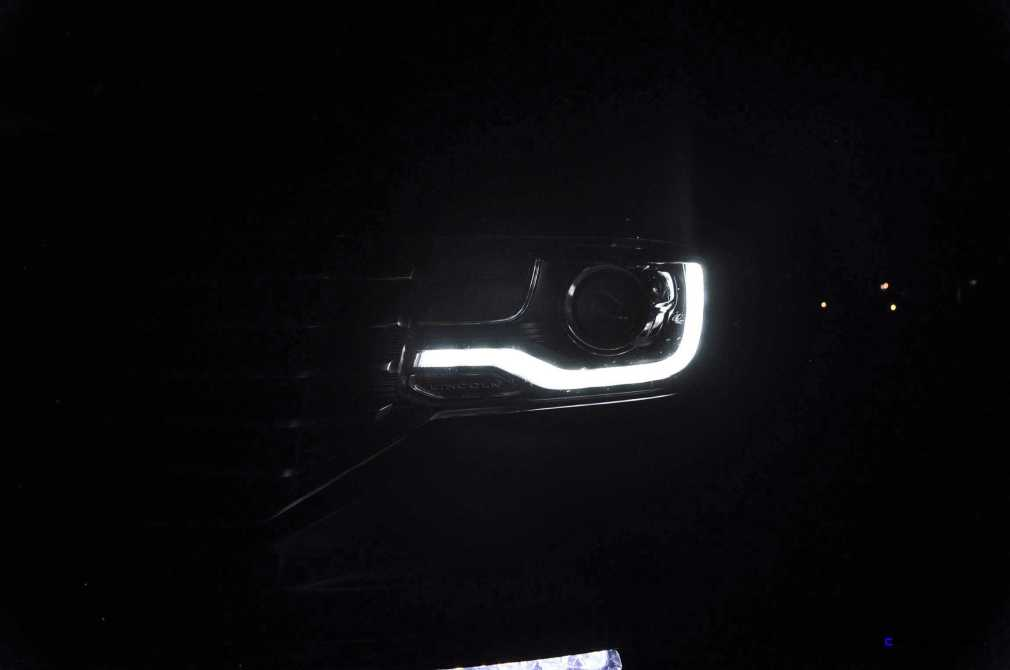 2015 Lincoln NAVIGATOR 4x4 Reserve LED Lighting Photos 13