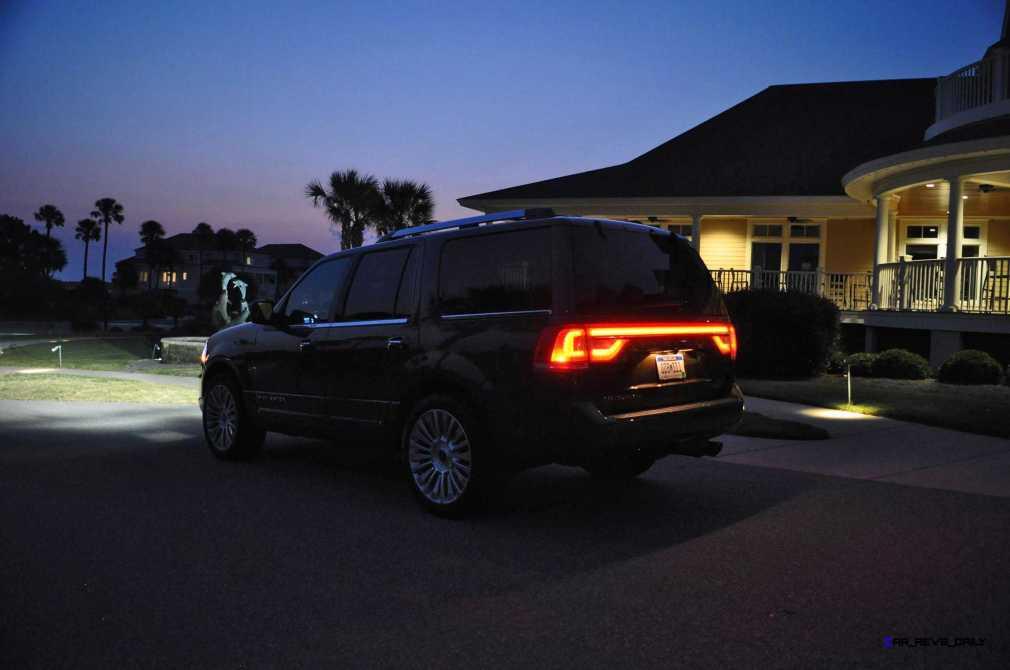 2015 Lincoln NAVIGATOR 4x4 Reserve LED Lighting Photos 22