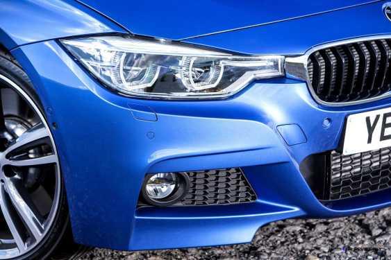 2016 BMW 330d xDrive Touring 18