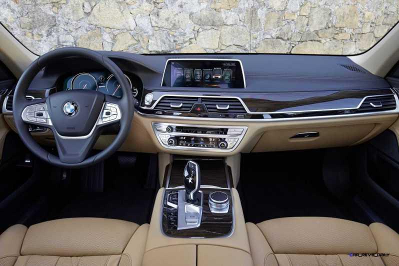 2016 BMW 750Li Interior 1