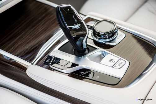 2016 BMW 750Li Interior 36