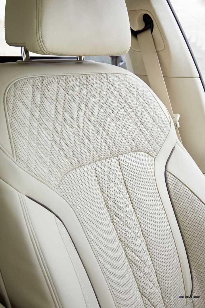 2016 BMW 750Li Interior 43