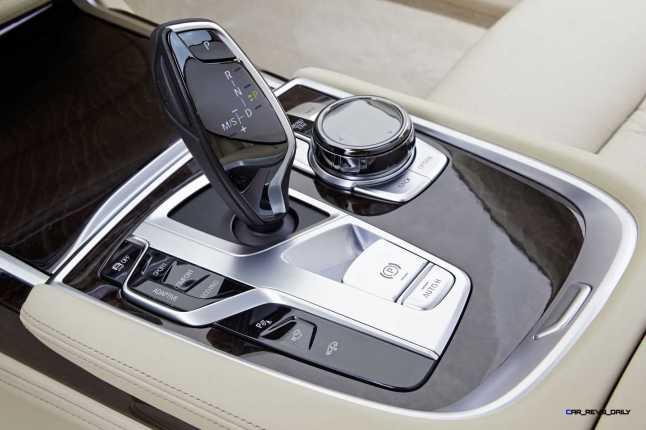 2016 BMW 750Li Interior 47