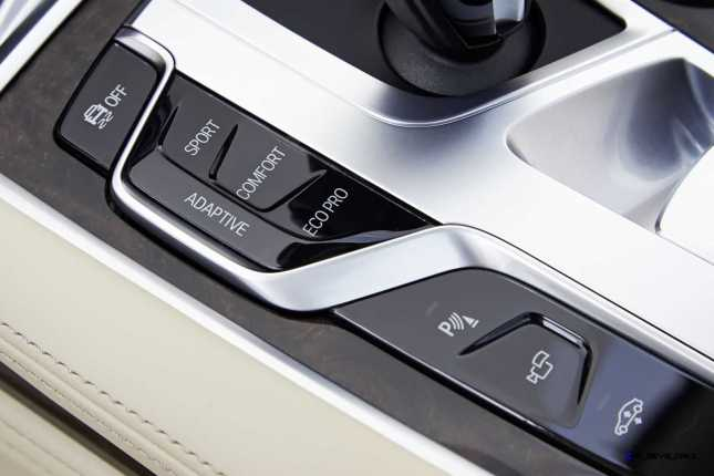 2016 BMW 750Li Interior 48