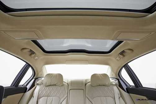2016 BMW 750Li Interior 53