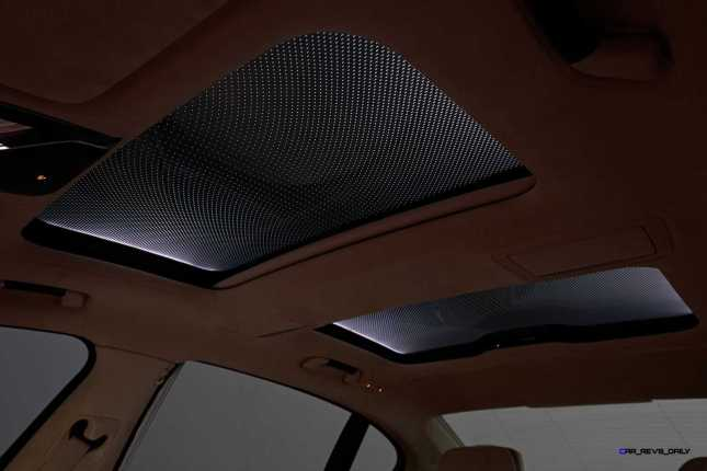 2016 BMW 750Li Interior 57