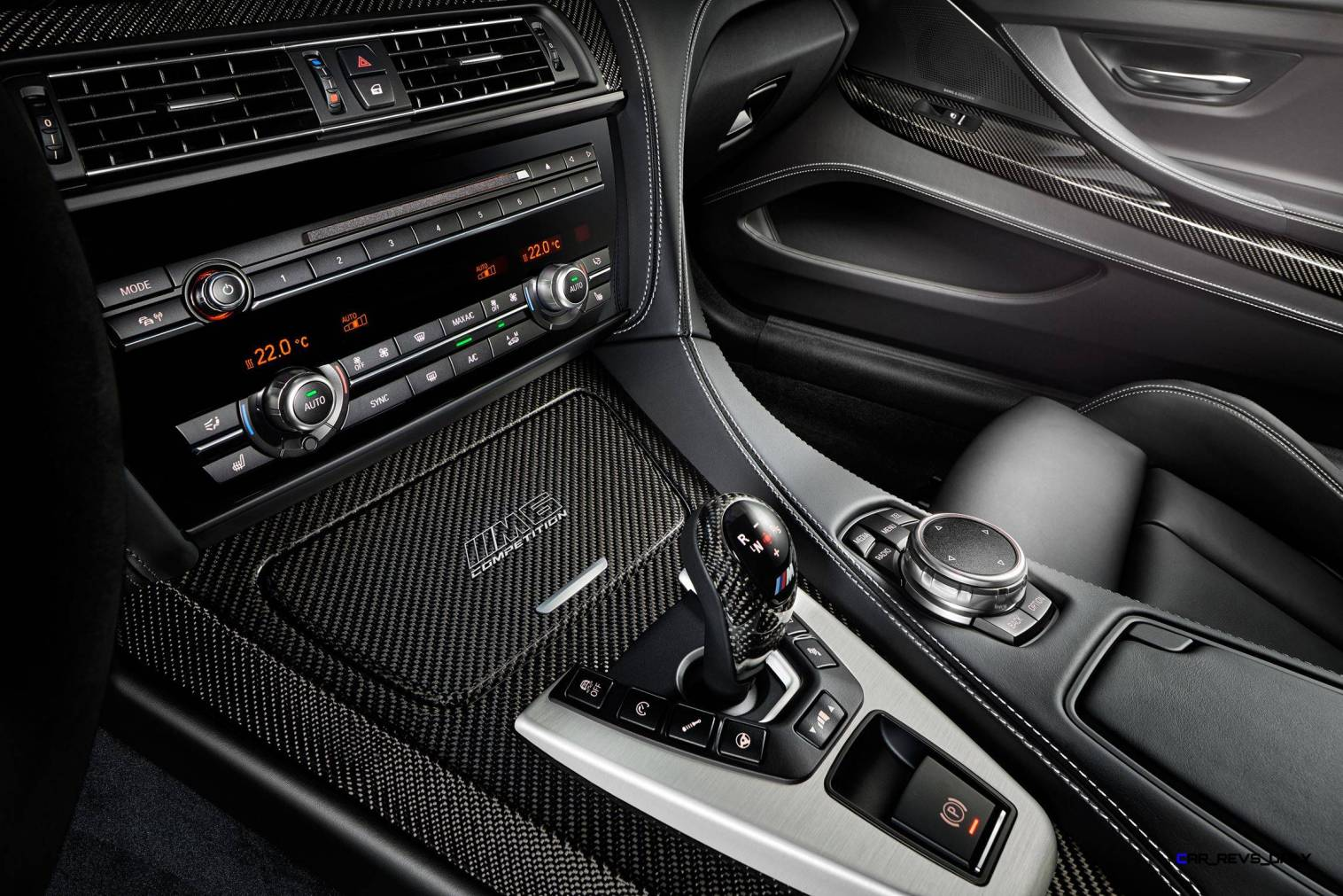 2016 BMW M6 Competition Edition Coupe 2
