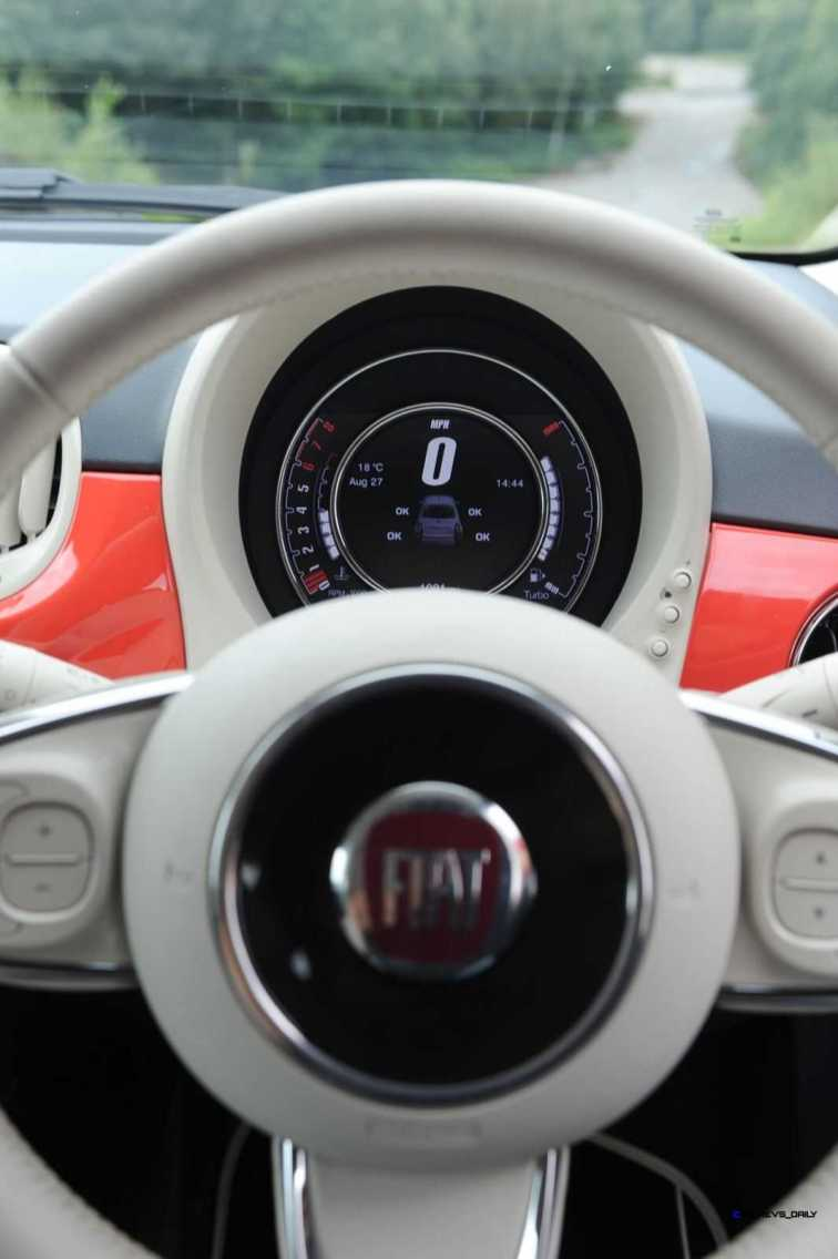 2017 FIAT 500 21