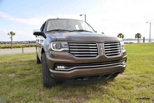 HD Road Test Review - 2015 Lincoln NAVIGATOR 4x4 Reserve 19
