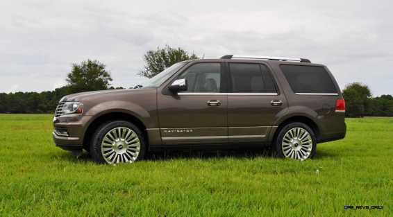 HD Road Test Review - 2015 Lincoln NAVIGATOR 4x4 Reserve 33