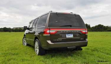 HD Road Test Review - 2015 Lincoln NAVIGATOR 4x4 Reserve 36