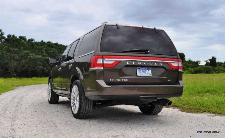 HD Road Test Review - 2015 Lincoln NAVIGATOR 4x4 Reserve 74