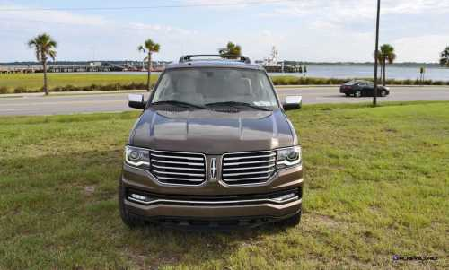 HD Road Test Review - 2015 Lincoln NAVIGATOR 4x4 Reserve 9
