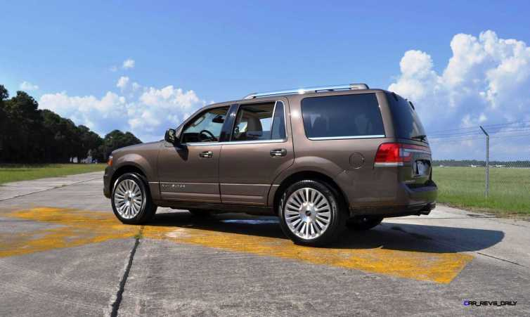 HD Road Test Review - 2015 Lincoln NAVIGATOR 4x4 Reserve 92