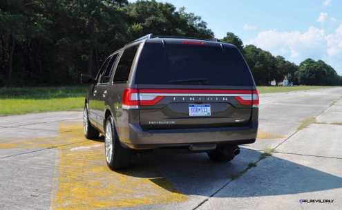 HD Road Test Review - 2015 Lincoln NAVIGATOR 4x4 Reserve 94