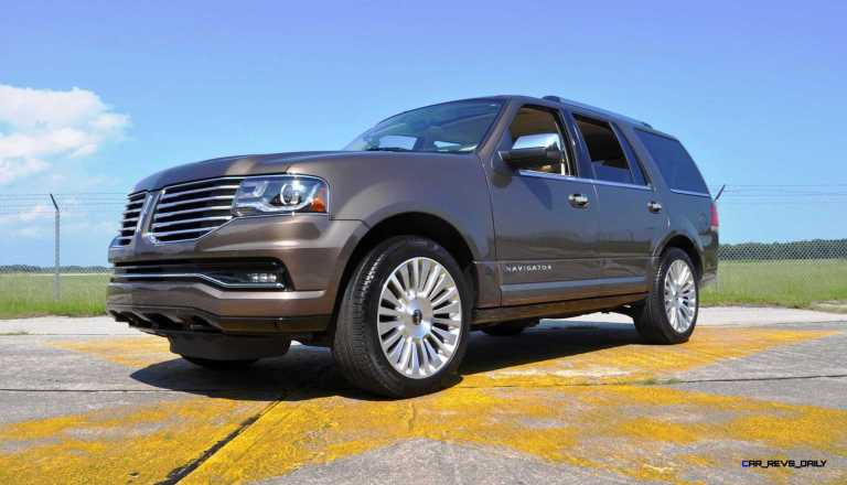 HD Road Test Review - 2015 Lincoln NAVIGATOR 4x4 Reserve 96