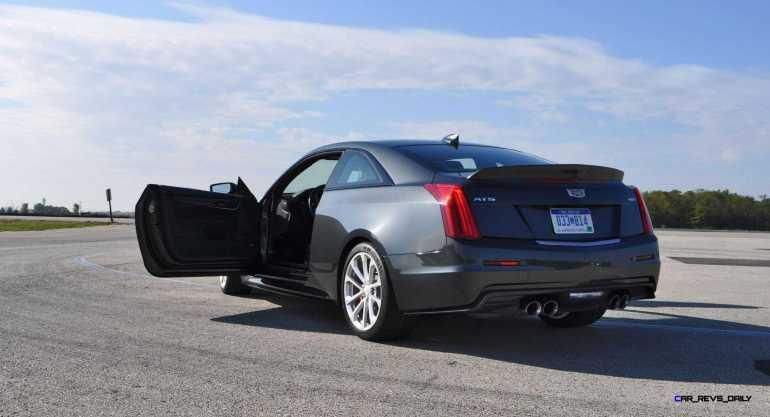 2016 Cadillac ATS-V Coupe 31