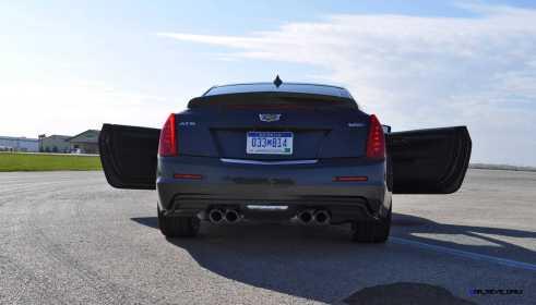 2016 Cadillac ATS-V Coupe 38