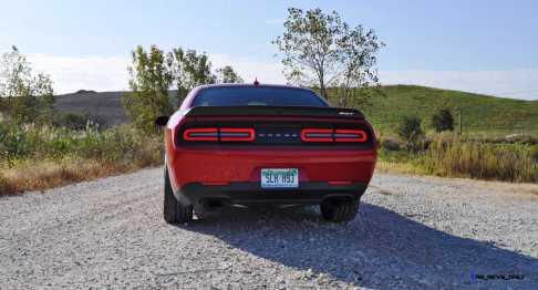 2016 Dodge Challenger SRT Hellcat 102