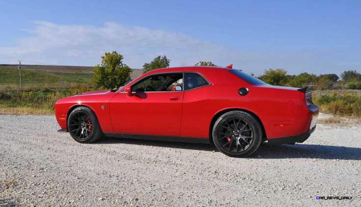 2016 Dodge Challenger SRT Hellcat 55